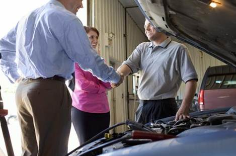 Getting Car Air Conditioning Service