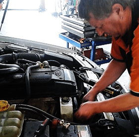 auto air conditioning mechanic Adelaide